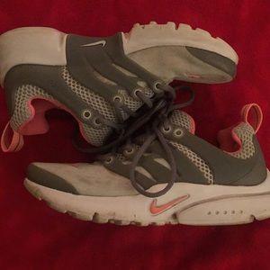 Nike Shoes - Nike Presto sneakers size 1